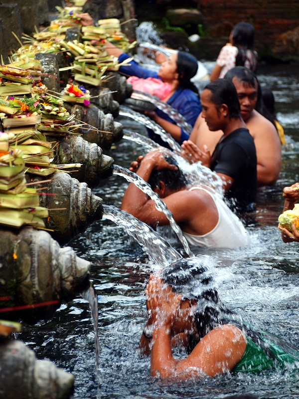 Holy springs, Bali