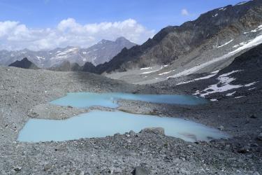 Lacs glaciaires sous le Col de Lane